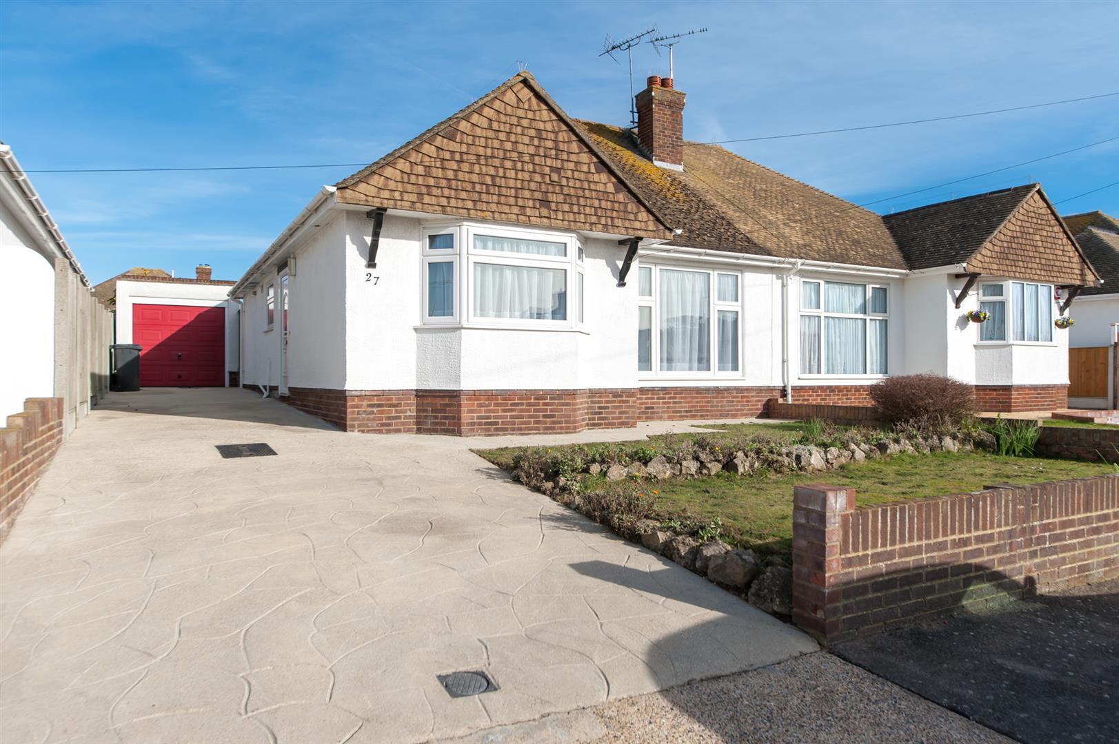 2 Bedrooms Semi Detached Bungalow for sale in Manor Drive, Birchington